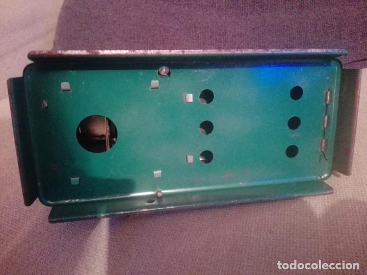 Juguetes antiguos de hojalata: Antiguo Proyector cine nic verde - Foto 6 - 183859273