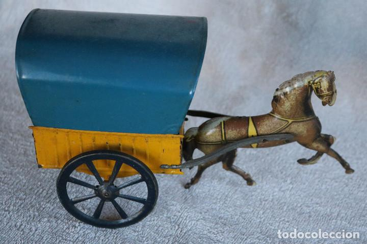 Juguetes antiguos de hojalata: CARRETA TARTANA DE HOJALATA LITOGRAFIADA CASA PICO - LA GRANDE - IBI AÑOS 40 - Foto 2 - 186144043
