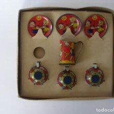 Brinquedos antigos de folha-de-Flandres: JUEGO DE CAFÉ EN CAJA NIÑOS JUGANDO HOJALATA LITOGRAFÍADA PAYÁ AÑOS 30. Lote 186163648