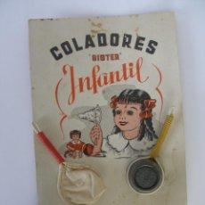 Juguetes antiguos de hojalata: BLISTER COLADORES SISTER AÑOS 50 . Lote 186285621