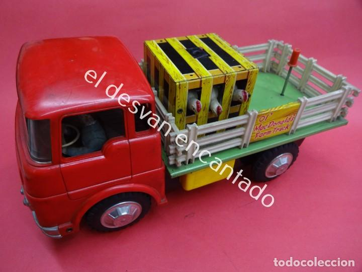ANTIGUO CAMION TRANSPORTE GANADO MC DONALDS FARM TRUCK. MADE IN JAPAN. AÑOS 1960S (Juguetes - Juguetes Antiguos de Hojalata Internacionales)