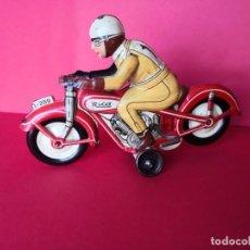 Juguetes antiguos de hojalata: MOTO EN HOJALATA A CUERDA DE RICO. . Lote 188713890