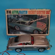 Juguetes antiguos de hojalata: M101 ASTON MARTIN JAMES BOND 007, SECRET EJECTOR CAR, DE BANDAI (MADE IN JAPAN), AÑOS 60.. Lote 189331593