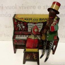 Brinquedos antigos de folha-de-Flandres: MUY ANTIGUO - HAM AND SAM - AÑO 1921, FERDINAND STRAUSS. FUNCIONANDO PERFECTAMENTE, MUY BUEN ESTADO. Lote 189581610