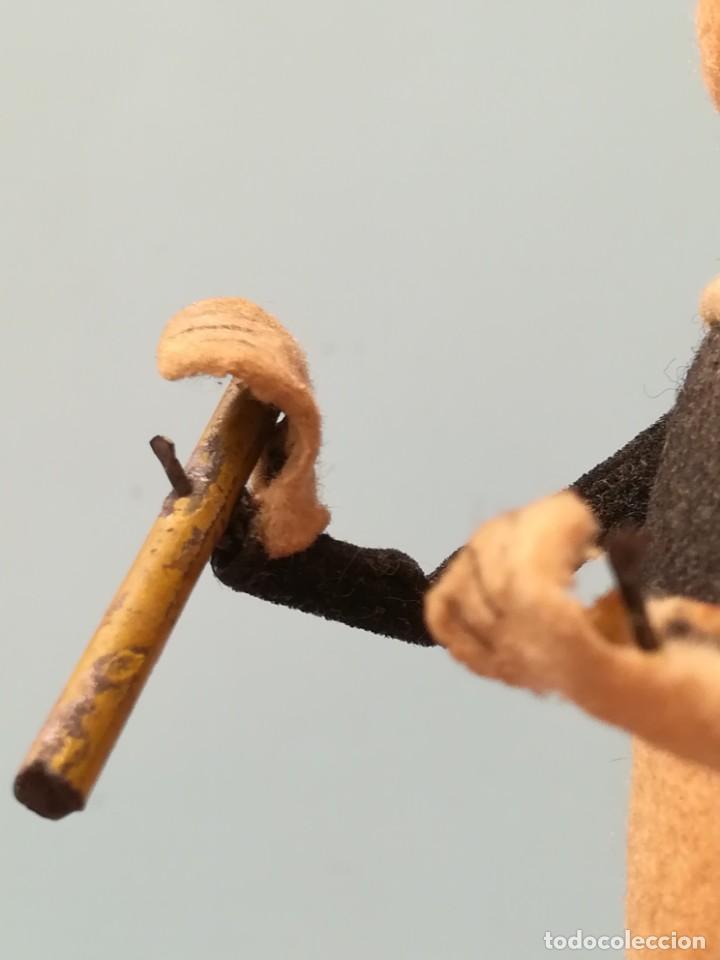Juguetes antiguos de hojalata: TRES CERDITOS A CUERDA SCHUCO MADE IN GERMANY - FIGURA CERDITO A CUERDA - Foto 16 - 189716496