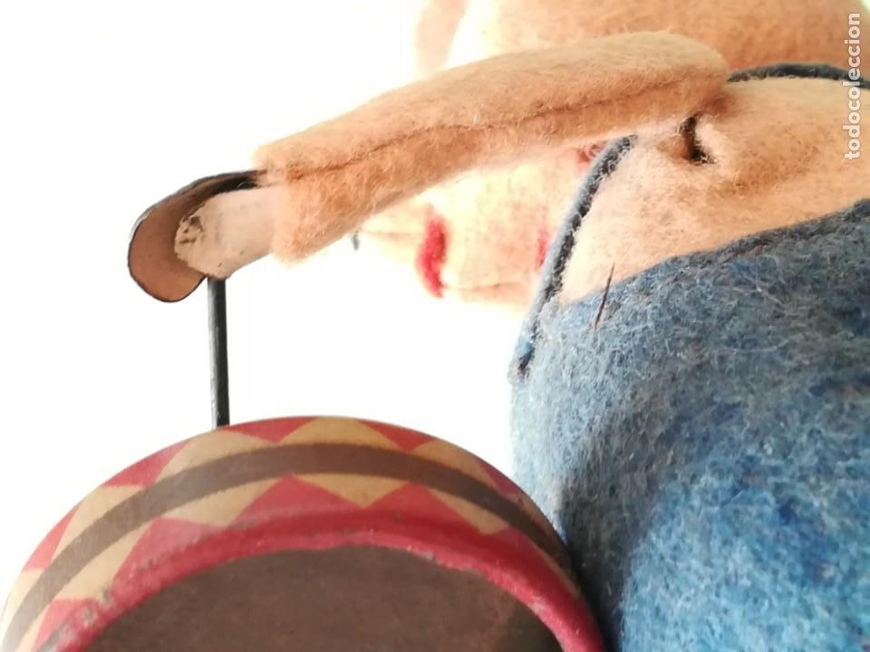 Juguetes antiguos de hojalata: TRES CERDITOS A CUERDA SCHUCO MADE IN GERMANY - FIGURA CERDITO A CUERDA - Foto 57 - 189716496