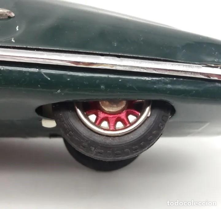 Juguetes antiguos de hojalata: Coche a fricción Packard verde Payá funcionando correctamente - Foto 6 - 190758982
