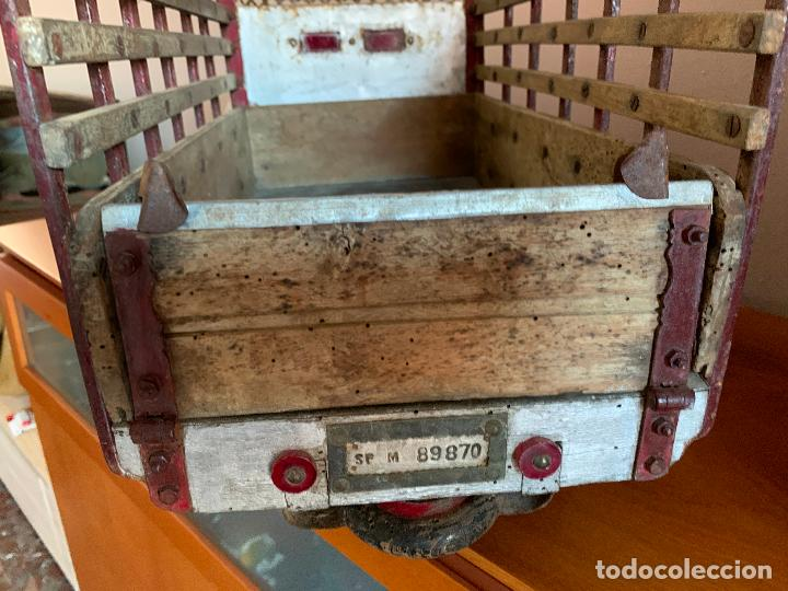 Juguetes antiguos de hojalata: CAMION PEGASO Z-202 73 CMS AÑOS 50 - Foto 16 - 190852410