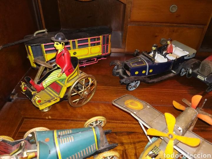 Juguetes antiguos de hojalata: Lote de 9 viejos juguetes de hojalata PH - Foto 3 - 190875717