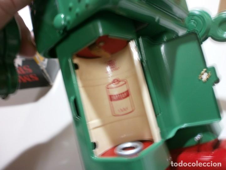 Juguetes antiguos de hojalata: robot de hojalata smoking space man de ha ha toy como nuevo funcionando mide 31 cm - Foto 9 - 191484777