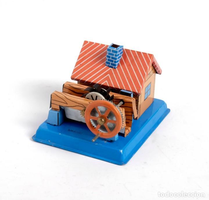 Juguetes antiguos de hojalata: Casa Molino de hojalata. En perfecto estado - Foto 3 - 194081498