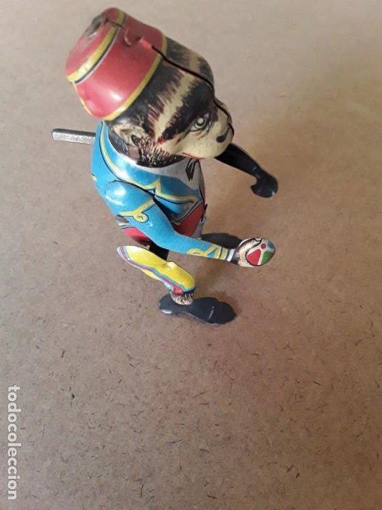Juguetes antiguos de hojalata: Mono paya ref 680 - Foto 4 - 194087286