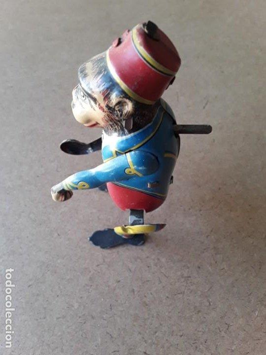 Juguetes antiguos de hojalata: Mono paya ref 680 - Foto 5 - 194087286