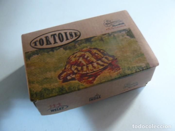 Juguetes antiguos de hojalata: REPRODUCCION DE JUGUETE DE HOJALATA HECHO EN LA INDIA - TIN TREASURES- TORTOISE - - Foto 2 - 194148190