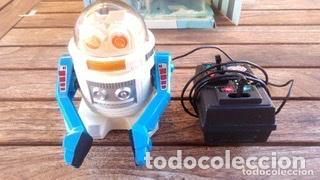Juguetes antiguos de hojalata: ROBOT TELEGUIDE HERGOSS - SUPERTOYS 1983, MEDIDAS 10 X 9 CM - Foto 6 - 194193398