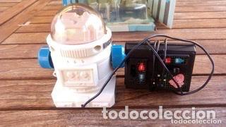Juguetes antiguos de hojalata: ROBOT TELEGUIDE HERGOSS - SUPERTOYS 1983, MEDIDAS 10 X 9 CM - Foto 7 - 194193398