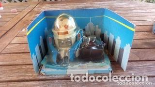 ROBOT TELEGUIDE HERGOSS - SUPERTOYS 1983, MEDIDAS 10 X 9 CM (Juguetes - Juguetes de Hojalata: Reproducciones y Actuales )