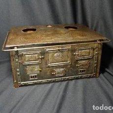 Juguetes antiguos de hojalata: COCINA GRANDE DE RICO SA, AÑOS 1940. Lote 194198636