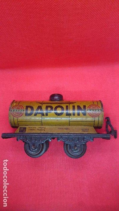 Juguetes antiguos de hojalata: Vagón de tren marca Fandor. Made in Germany 1910 - Foto 2 - 194783037