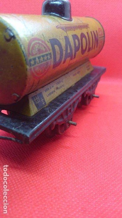 Juguetes antiguos de hojalata: Vagón de tren marca Fandor. Made in Germany 1910 - Foto 6 - 194783037