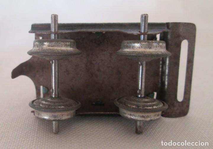 Juguetes antiguos de hojalata: Vagón tender o carbonera en hojalata litografiada de antiguo pequeño tren - Foto 6 - 195121733