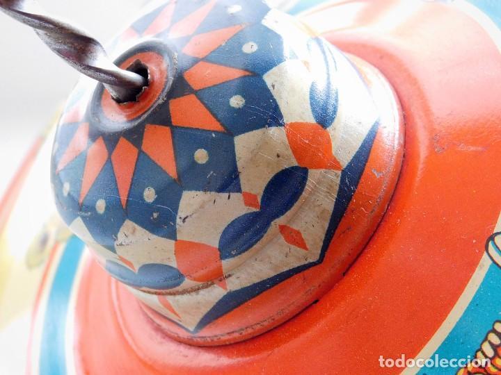 Juguetes antiguos de hojalata: MFZ - AÑOS 40 - ANTIGUO TROMPO - PEONZA GRANDE DE ESPIRAL EN HOJALATA - GERMANI - 20 CM - PERFECTO - Foto 18 - 195261342