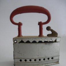 Juguetes antiguos de hojalata: ANTIGUA PLANCHA GRANDE ( 13 X 10 CM ) HOJALATA PINTADA PAYÁ Nº 257 AÑOS 20. Lote 195291881