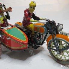 Juguetes antiguos de hojalata: MOTO CON SIDECAR. Lote 195589446
