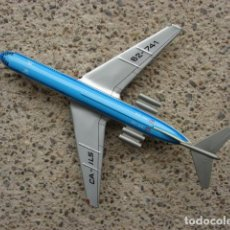 Juguetes antiguos de hojalata: AVIÓN CA-ILS -62-741 ROYAL DUTCH AIRLINES KLM DE HOJALATA - INTERCONTINENTAL. Lote 198098218