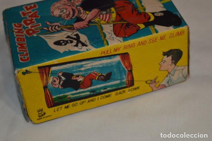 Juguetes antiguos de hojalata: TPS - CLIMBING PIRATE / Made In Japan - Hojalata Litografiada - Funcionando - Años 50/60 ¡Mira! - Foto 16 - 198361428