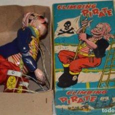 Juguetes antiguos de hojalata: TPS - CLIMBING PIRATE / MADE IN JAPAN - HOJALATA LITOGRAFIADA - FUNCIONANDO - AÑOS 50/60 ¡MIRA!. Lote 198361428
