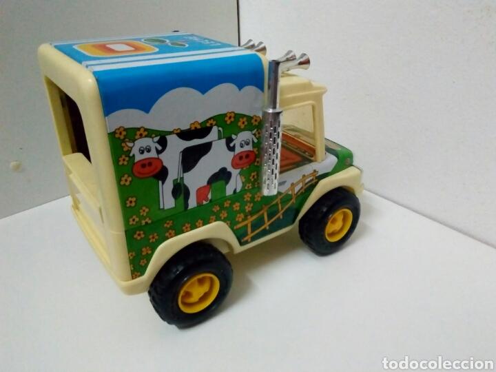 Juguetes antiguos de hojalata: Camion granjero leche obertoys - Foto 6 - 200307598