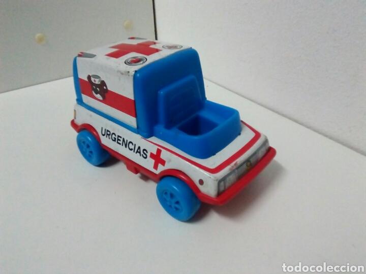Juguetes antiguos de hojalata: Ambulancia urgencias obertoys - Foto 4 - 201369755