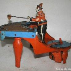 Juguetes antiguos de hojalata: ZILOTONE,MUY RARO AUTOMATA MUSICAL EN LATA LITOGRAFIADA Y CUERDA DE WOLVERINE,USA, AÑO 1930. Lote 201494385
