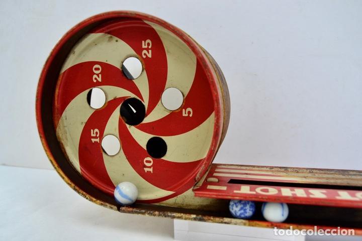 Juguetes antiguos de hojalata: Original Juguete Lanzabolas de Chapa. Spot Shot, Wolverine. E.E.U.U. Pin-ball. Circa 1950 - Foto 2 - 203004928