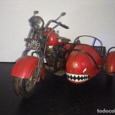 Juguetes antiguos de hojalata: ESPECTACULAR MOTO SIDECAR ALEX BOG METAL HOJALATA. Lote 203969088