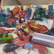 Juguetes antiguos de hojalata: LOTE 17 JUGUETES DE HOJALATA. DIVERSOS MOTIVOS Y TAMAÑOS. Lote 205321413