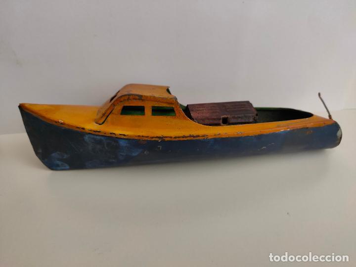 Juguetes antiguos de hojalata: Lancha o barca a vapor, posiblemente Hispania o Denia, años 20 o 30. Mide 22 x 7 x 5,5 cms. - Foto 6 - 205699062