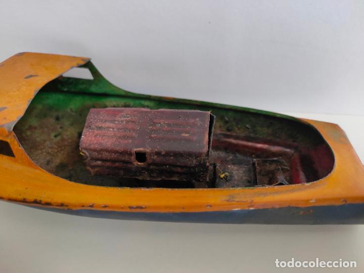 Juguetes antiguos de hojalata: Lancha o barca a vapor, posiblemente Hispania o Denia, años 20 o 30. Mide 22 x 7 x 5,5 cms. - Foto 7 - 205699062