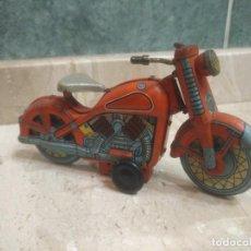 Brinquedos antigos de folha-de-Flandres: PRECIOSA MOTOCICLETA DE HOJALATA CON LLAVE ORIGINAL Y EN PERFECTO FUNCIONAMIENTO. Lote 205739835