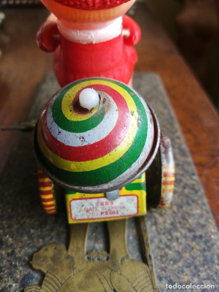 Juguetes antiguos de hojalata: Juguete celuloide y lata mecánico - Foto 3 - 207585242