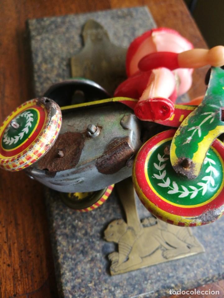 Juguetes antiguos de hojalata: Juguete celuloide y lata mecánico - Foto 5 - 207585242
