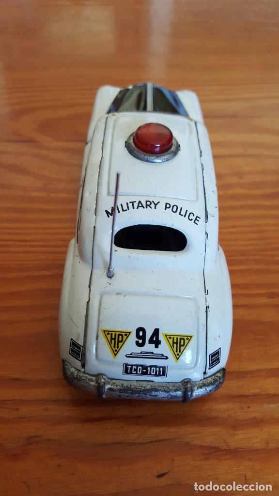 Juguetes antiguos de hojalata: Coche Tippco policía militar Hudson. Made in Western Germany. Hojalata Litografiada. De fricción. - Foto 6 - 209238250