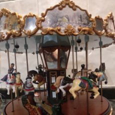 Juguetes antiguos de hojalata: CARRUSEL FUNCIONANDO, LUCES Y MOVIMIENTO. Lote 210252433