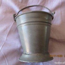 Juguetes antiguos de hojalata: CUBO DE LATA. RICO? PAYA? 10,5 CM. DE ALTO Y 10,5 CM. DE DIAMETRO.. Lote 210593795