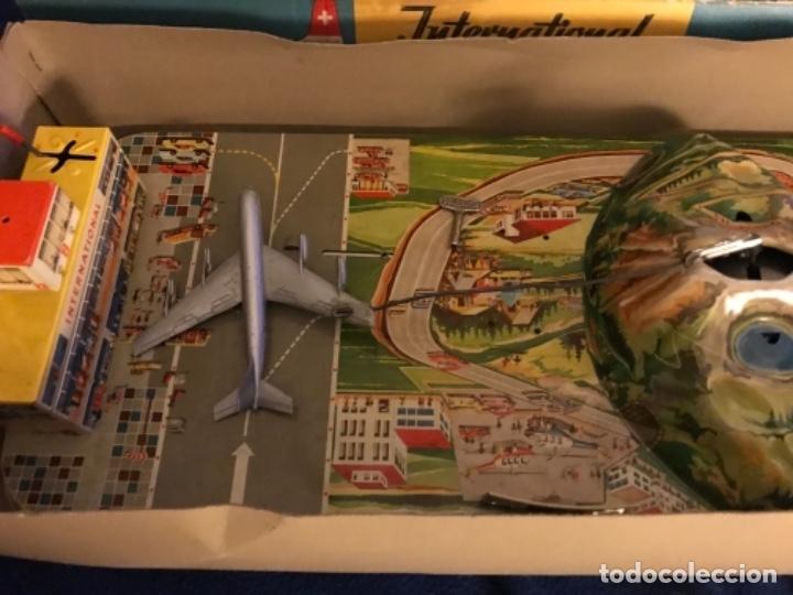 Juguetes antiguos de hojalata: International AIRWAYS - Technofix - Modelo 309 - Buen estado - Made in W Germany años 60 - Foto 3 - 210698091