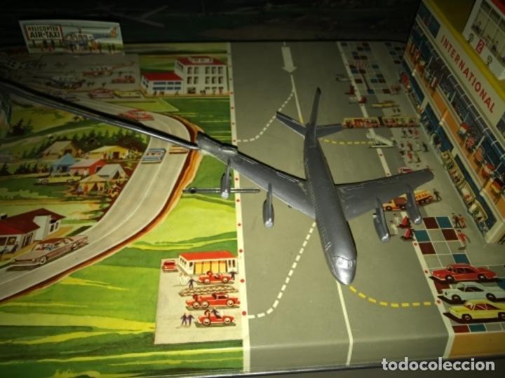 Juguetes antiguos de hojalata: International AIRWAYS - Technofix - Modelo 309 - Buen estado - Made in W Germany años 60 - Foto 11 - 210698091