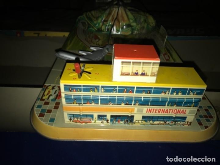 Juguetes antiguos de hojalata: International AIRWAYS - Technofix - Modelo 309 - Buen estado - Made in W Germany años 60 - Foto 22 - 210698091