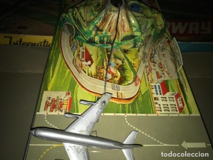 Juguetes antiguos de hojalata: International AIRWAYS - Technofix - Modelo 309 - Buen estado - Made in W Germany años 60 - Foto 25 - 210698091
