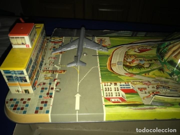 Juguetes antiguos de hojalata: International AIRWAYS - Technofix - Modelo 309 - Buen estado - Made in W Germany años 60 - Foto 26 - 210698091